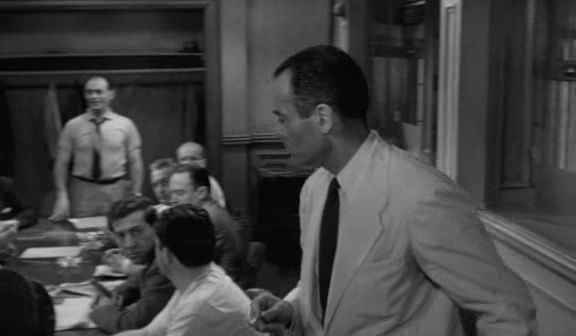 12 ������������ ������/12 Angry Men (1957) DVDRip